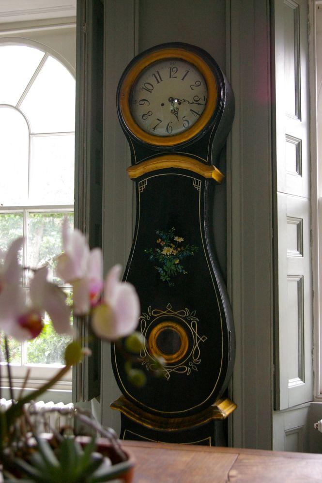 clock12